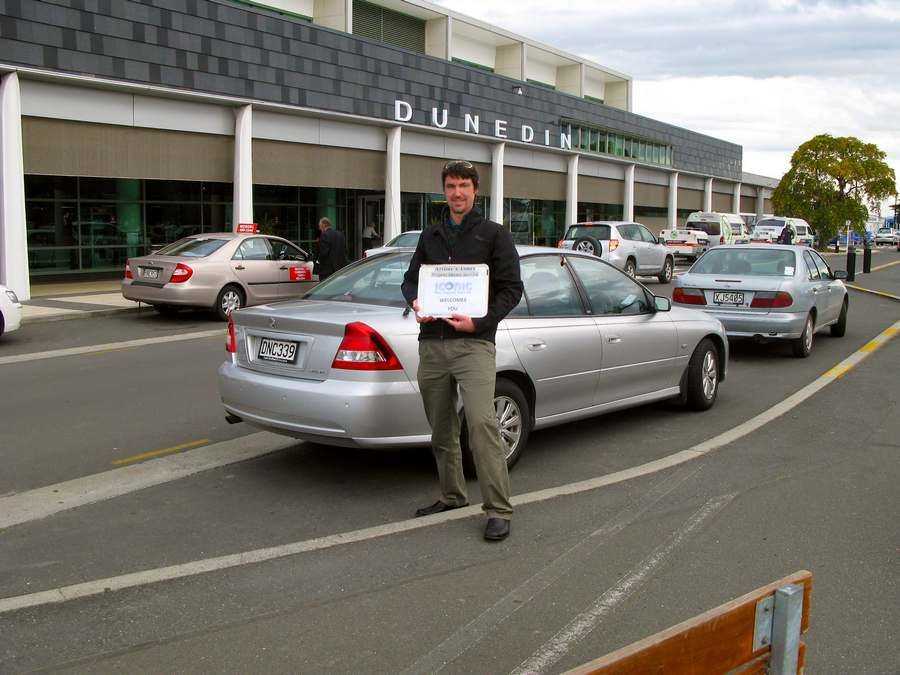 Airport Transfers : Iconic Tours, Dunedin, New Zealand